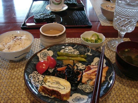 Pembroke Springs Retreat: Traditional Japanese Breakfast