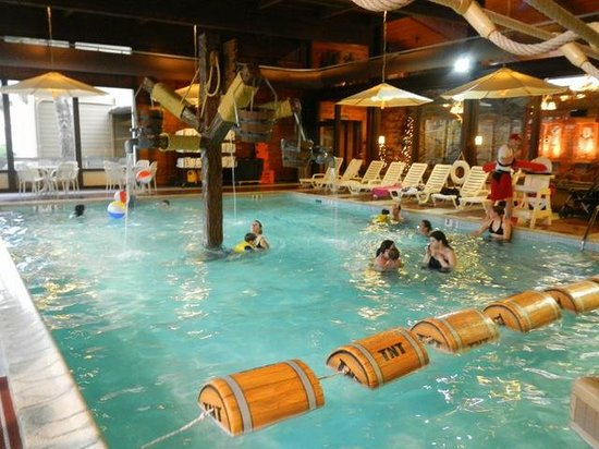 "Rocking Horse Ranch Resort: indoor ""water park"""