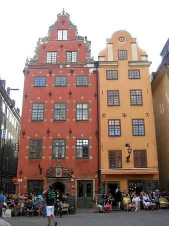 Best Hostel Old Town : Дома на площади Сторторгет рядом с отелем