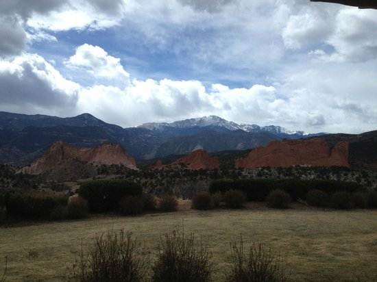 The Lodge at Garden of the Gods Club, Colorado Springs: Room with a View