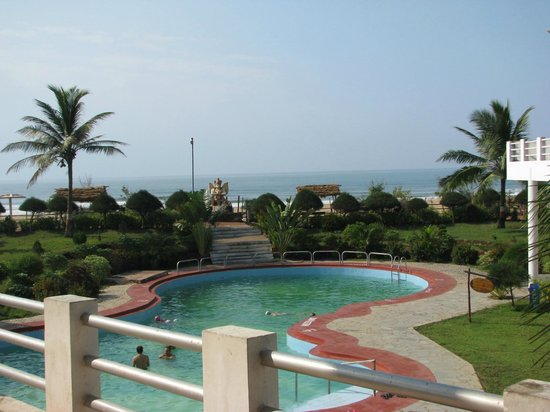 Puri - Golden Sands, A Sterling Holidays Resort: The pool
