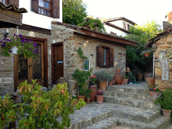 Terras Evler - Terrace Houses Sirince: The entrance to Olive House