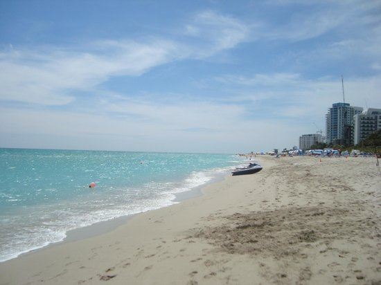 Four Points by Sheraton Miami Beach: Playa del hotel