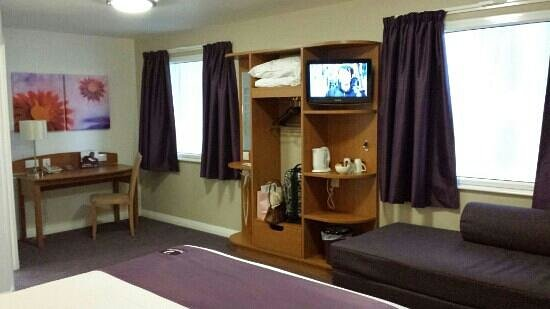 Premier Inn Leeds City Centre Leeds Arena: room 308