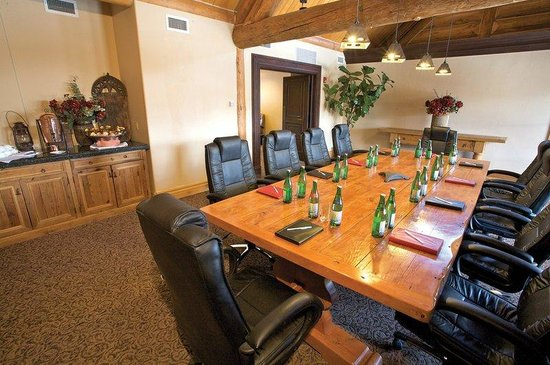 Mountain Lodge at Telluride: Boardroom