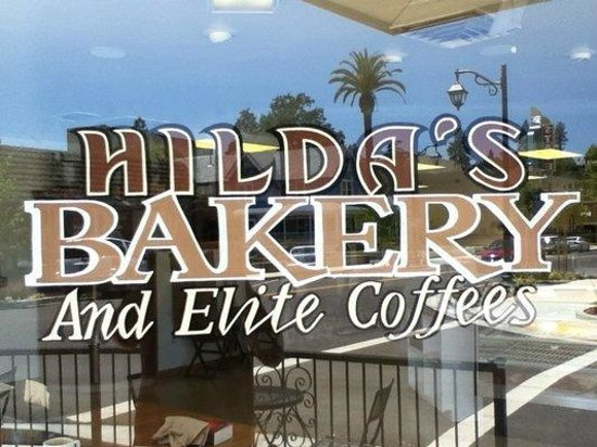 Auburn, CA: Hilda's a great place to have a cup of coffee and some sweets.