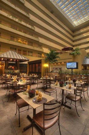 Embassy Suites Hotel Baltimore - Washington Intl. Airport: Chophouse13