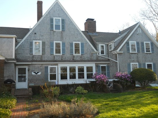 Barnstable, : Here&#39;s a view of the back of the inn.