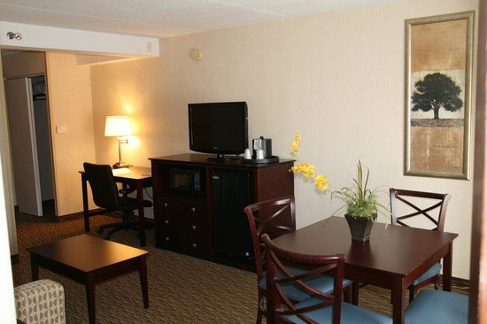 Holiday Inn Enfield-Springfield: Superior Room