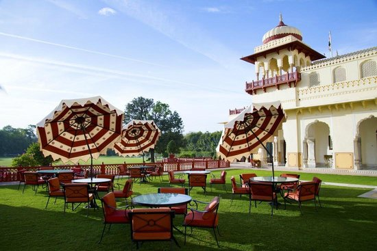 Taj Rambagh Palace: Outside of restaurant