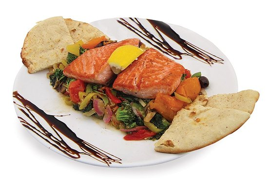 Stonington, CT: Salmon over oven sautéed veggies, served with pita bread