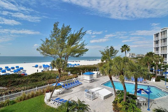 Guy Harvey Outpost, a TradeWinds Beach Resort: Beachfront pool