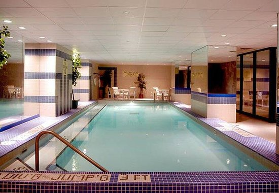 Renaissance Savery Hotel: Indoor Pool