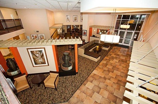 Holiday Inn Express Scottsdale - Old Town: Hotel Lobby Aerial View