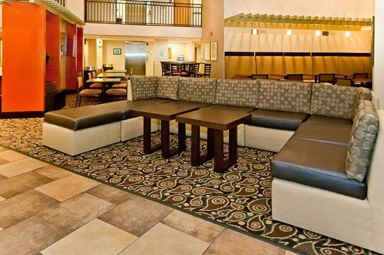 Holiday Inn Express Scottsdale - Old Town: Hotel Lobby Sitting Area