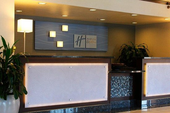 Holiday Inn Express Sea World: Our knowledgeable staff will help you plan your San Diego vacation