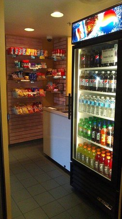 BEST WESTERN Posada Ana Inn-Airport: Guest Sweet Shop