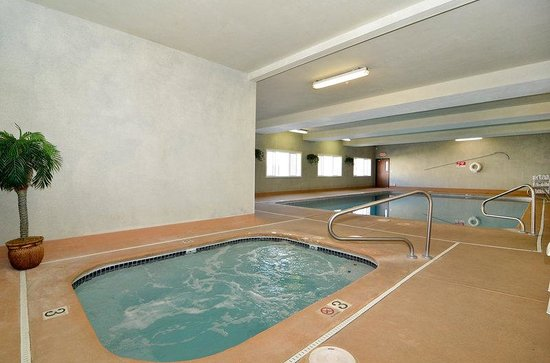 BEST WESTERN Newberg Inn: Hot Tub