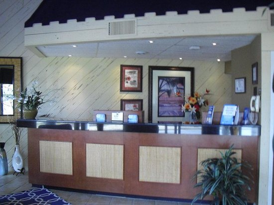 BEST WESTERN Ocean Reef Suites: Lobby