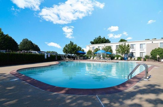 ‪‪BEST WESTERN Inn Hershey‬: Swimming Pool‬