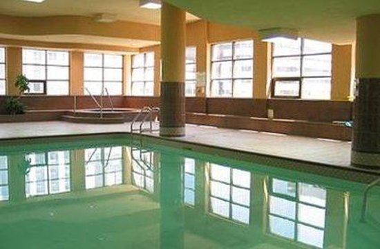 Glen Grove Conservatory Tower : Pool