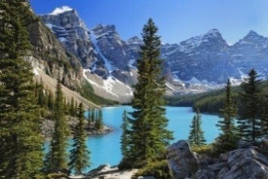 Moraine Lake Lodge: JYMORAMoraine Lake Picture