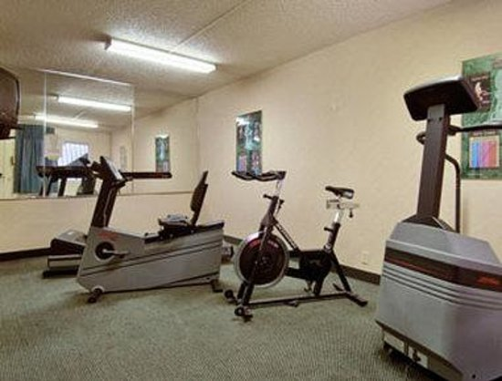 Days Inn Midtown Albuquerque : Fitness Center
