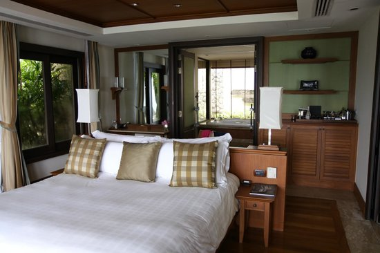 Trisara Phuket: Bedroom and bath- view from patio