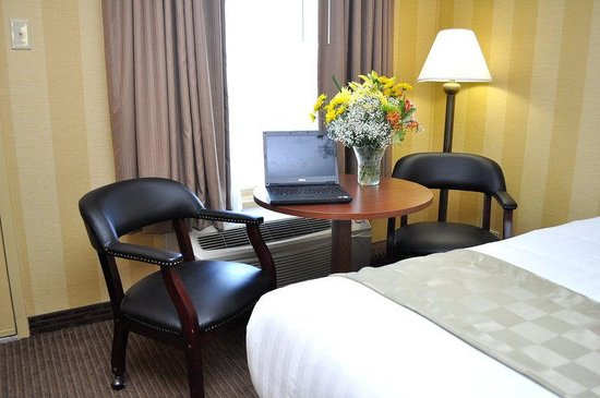 BEST WESTERN Central Plaza: Guest Room