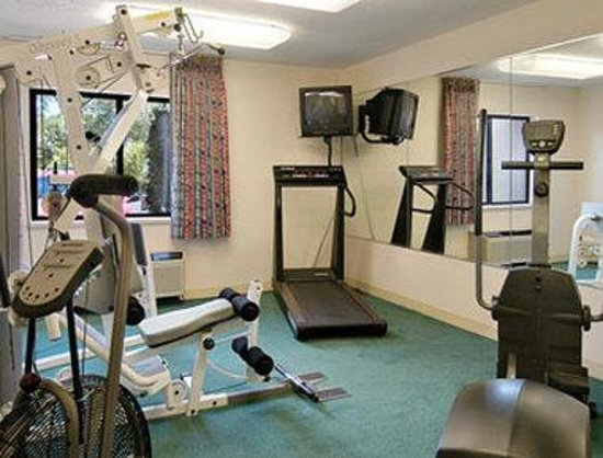 Bridgeport, MI: Fitness Center