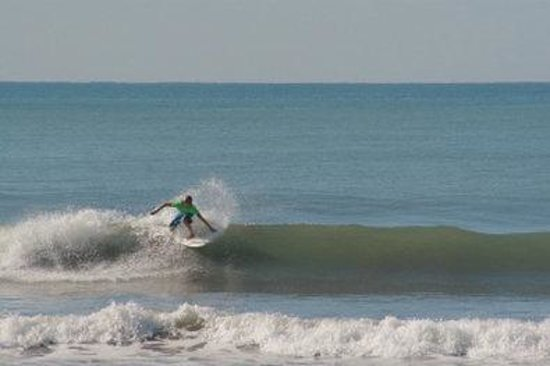 BEST WESTERN Jaco Beach All Inclusive Resort : Surfing