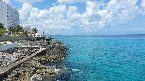 Hotel B Cozumel: View toward cruise ship port