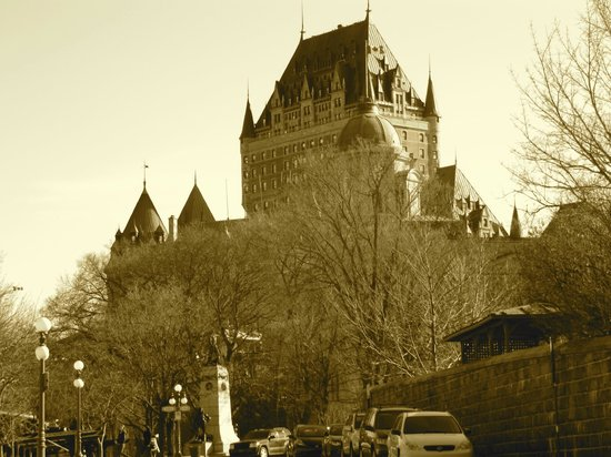 Fairmont Le Chateau Frontenac: The landmark hotel dominates the skyline