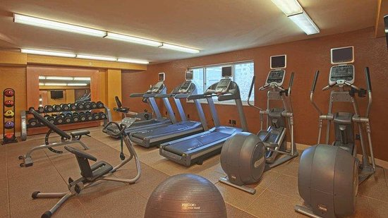 DoubleTree Suites by Hilton Minneapolis: Fitness Center