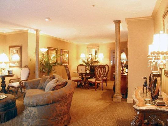 Crowne Plaza Hotel Lexington near Keeneland/UK: Executive Suite