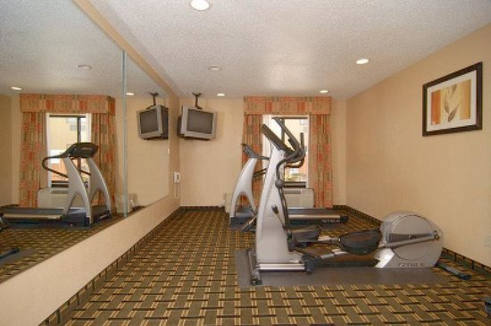 La Quinta Inn Dallas LBJ/Central: Fitness Center