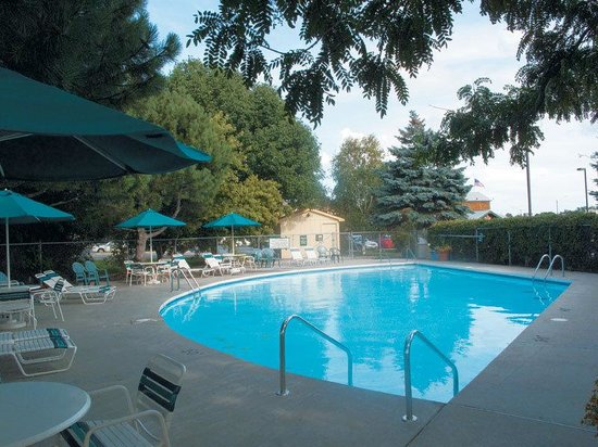 La Quinta Inn Appleton Fox River Mall Area: Pool