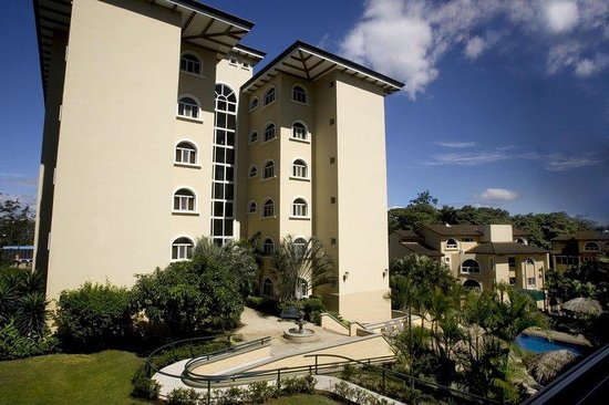 Photo of Apartotel & Suites Villas del Rio San Rafael de Escazu