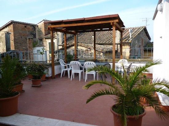 Hotel Duomo: Shared Terrace Area next to room #54