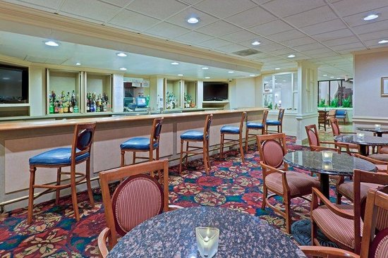 Holiday Inn Washington - Central / White House: Holiday Inn Central/White House Avenue Cafe' Bar & Lounge.