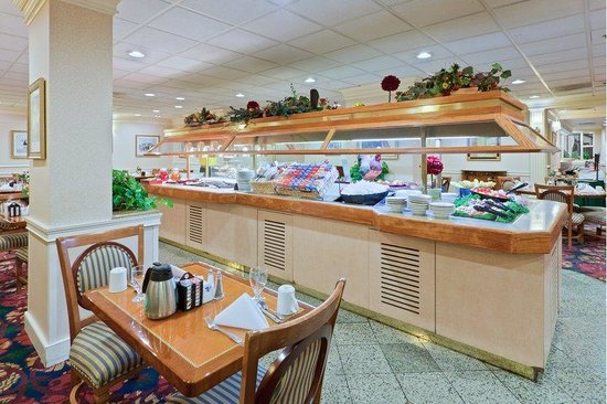 Holiday Inn Washington - Central / White House: Avenue Cafe' Breakfast Buffet/Holiday Inn Central/White House.