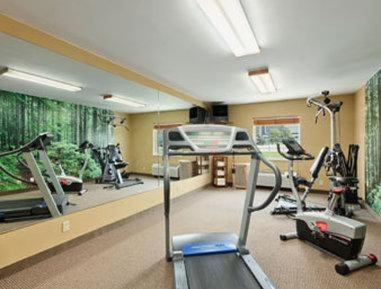 Baymont Inn &amp; Suites: Fitness Centre