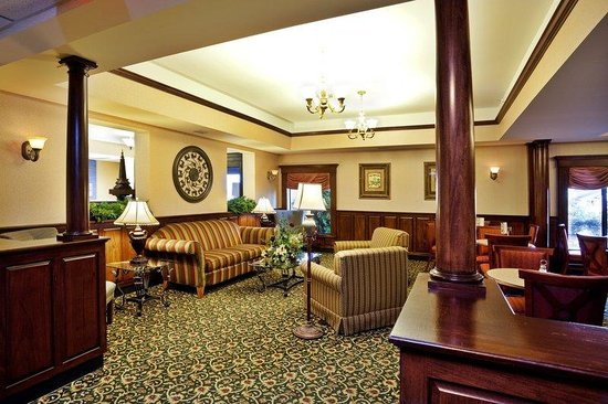Holiday Inn Express & Suites Research Triangle Park: Our comfortable lobby is a great place to catch up.