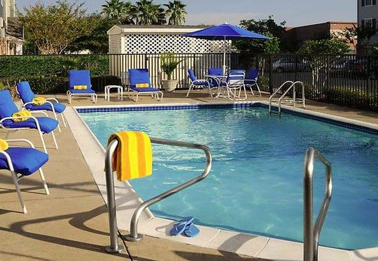 TownePlace Suites Houston Clear Lake: Outdoor Pool