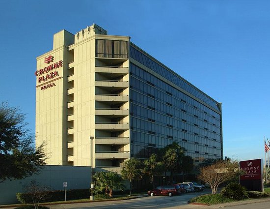Crowne Plaza Houston - Brookhollow: Exterior of Crowne Plaza Houston Northwest