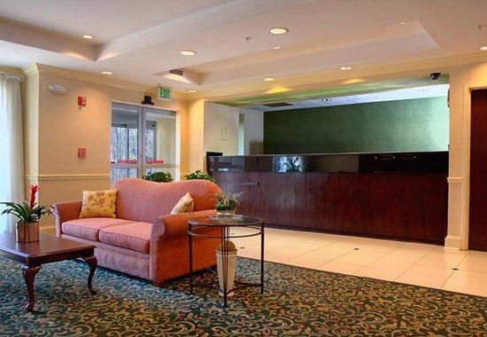 Fairfield Inn Greenville-Spartanburg Airport: Front Desk