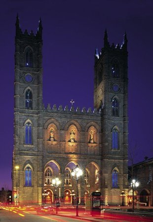 Holiday Inn Select Montreal Centre-Ville: Notre-Dame Basilica