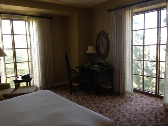 Green Valley Ranch Resort and Spa : Beautiful rooms 
