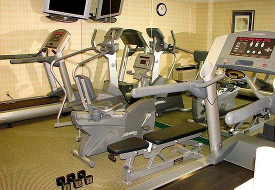 Courtyard by Marriott Chicago Glenview: Fitness Room
