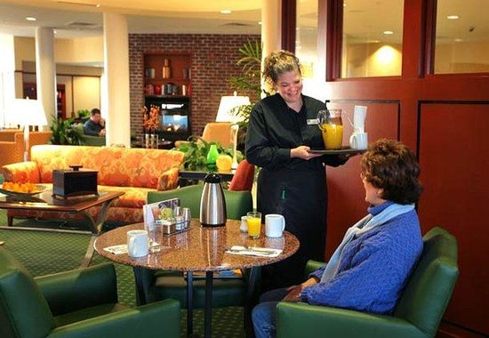 Courtyard by Marriott Jacksonville Flagler Center: Courtyard Caf